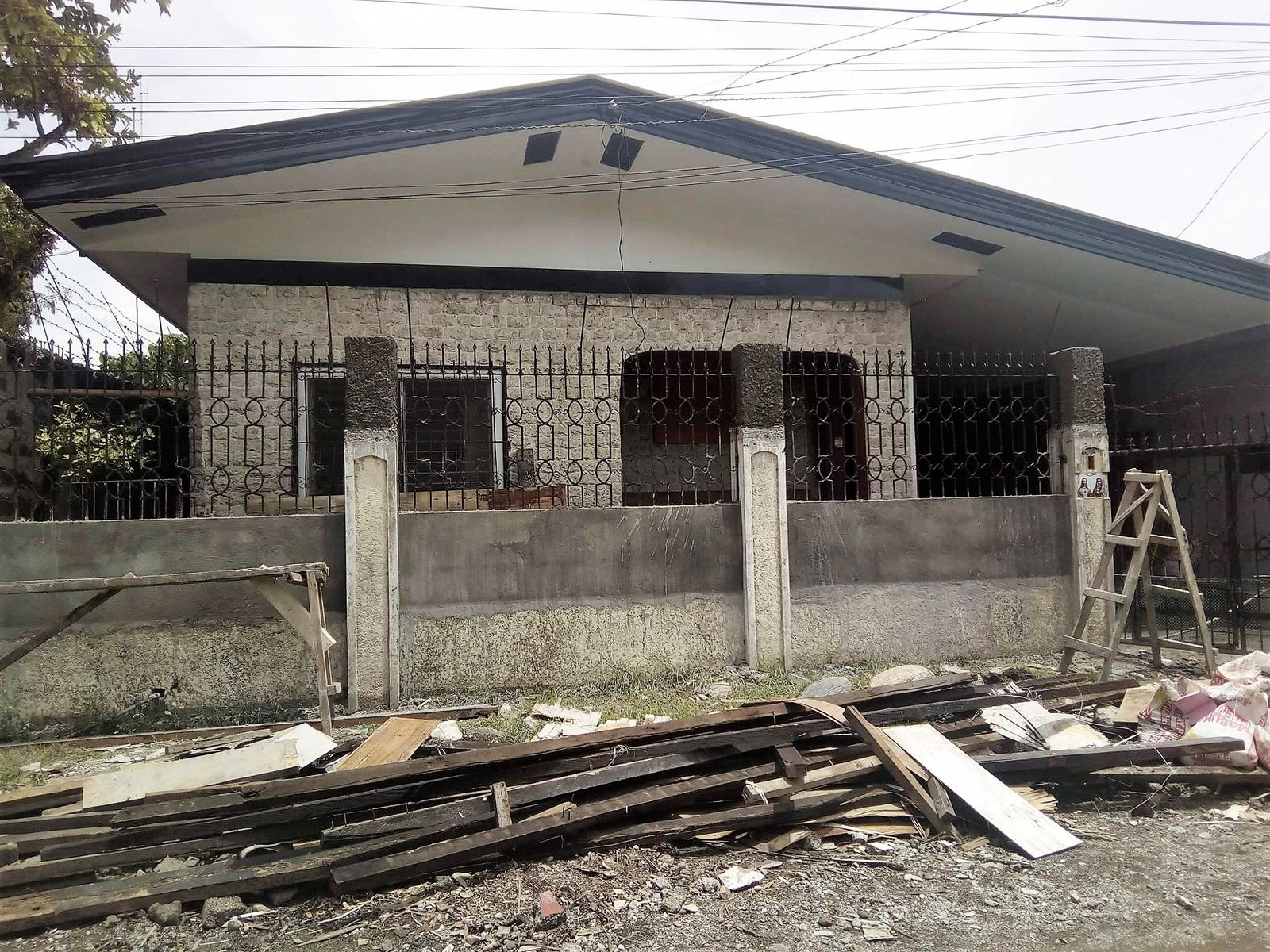 Cost Range 90 Sqm Roof Building Construction In The Philippines Living In Cebu Forums